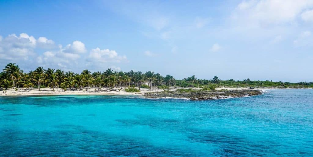 A picture of punta sur from the Caribbean Sea