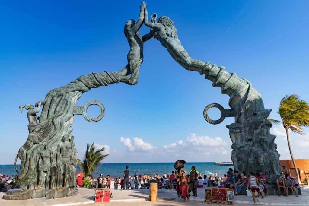 Why Day Trip to Playa del Carmen
