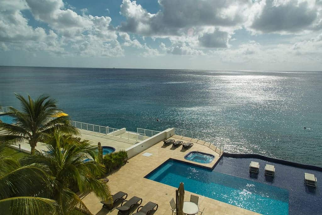Cozumel Real Estate Deals - Extend your Beach Time
