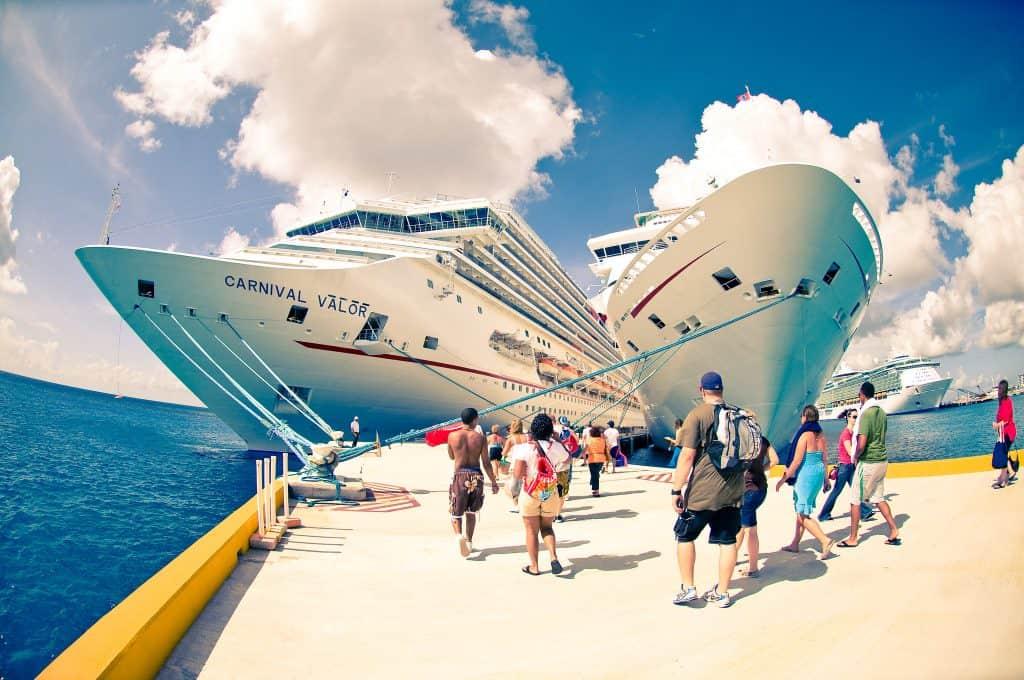 Cozumel's cruise ship-dependent economy